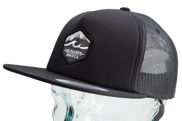 dewerstone UNLEASHED Athlete trucker cap