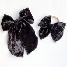 Load image into Gallery viewer, Black Velvet MINI Belle Bow