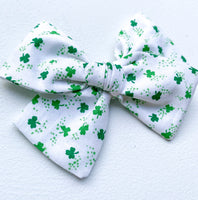 St. Patrick's Day Bow