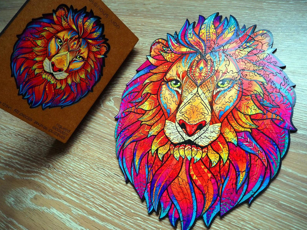 Assembled wooden jigsaw puzzle «mysterious lion»