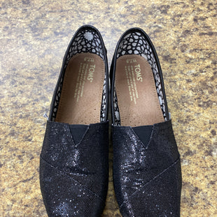 Primary Photo - BRAND: TOMS STYLE: SHOES FLATS COLOR: BLACK SIZE: 7.5 SKU: 193-193138-7815