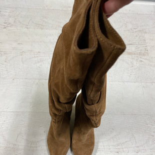 Primary Photo - BRAND: FRENCH CONNECTION STYLE: BOOTS KNEE COLOR: BROWN SIZE: 7 SKU: 193-193140-1671