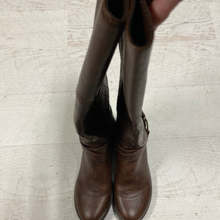 Primary Photo - BRAND: GUESS STYLE: BOOTS KNEE COLOR: BROWN SIZE: 8 SKU: 193-193138-6755