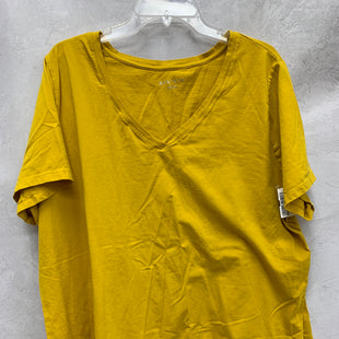 Primary Photo - BRAND: AVA & VIV STYLE: TOP SHORT SLEEVE BASIC COLOR: MUSTARD SIZE: 3X SKU: 193-193135-10217