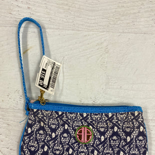 Primary Photo - BRAND: LILLY PULITZER STYLE: WALLET COLOR: BLUE SIZE: MEDIUM SKU: 193-193116-752