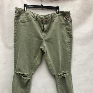 Primary Photo - BRAND:    CLOTHES MENTOR STYLE: PANTS COLOR: GREEN SIZE: 18 SKU: 193-193153-754