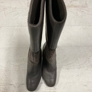 Primary Photo - BRAND: ISAAC MIZRAHI LIVE QVC STYLE: BOOTS KNEE COLOR: GREY SIZE: 8 SKU: 193-193117-6314