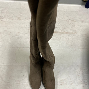 Primary Photo - BRAND: JG COLLECTIONS STYLE: BOOTS KNEE COLOR: TAUPE SIZE: 8 SKU: 193-193135-8737