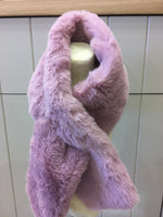 6500-Miss Shorthair Faux Fur Scarf