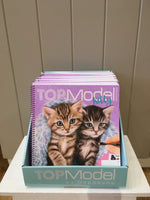 4253-Create Your Own TOPModel Kitty Colouring Book