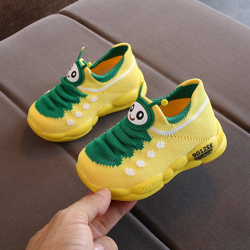 Crochet Knitted Baby Boy Begin To Walk Bee Cutie Shoes