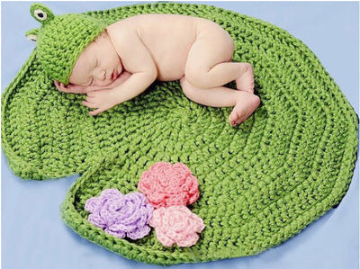 Hand-crocheted Knitting Newborn Frog Photography Suit