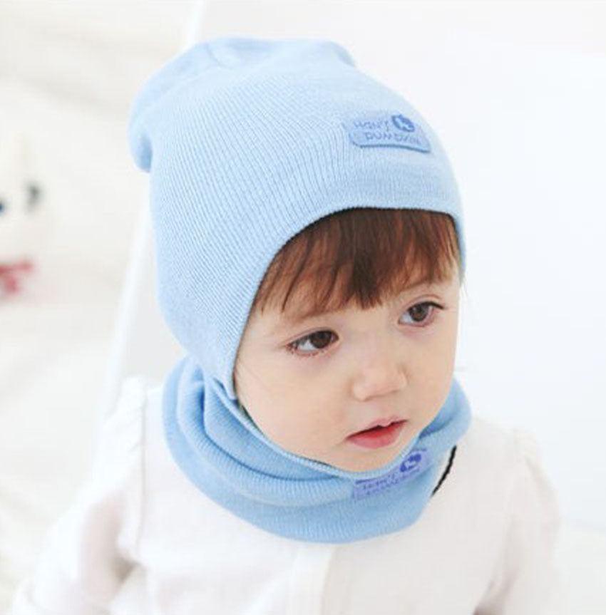 Infant Cap Knitted Neck Wrap With Leather Label In Solid Color