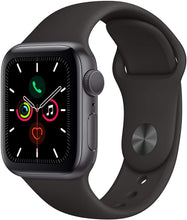 Laden Sie das Bild in den Galerie-Viewer, Apple Watch Series 5 (GPS, 40mm) - Space Gray Aluminum Case with Black Sport Band - Atlas Computers & Electronics