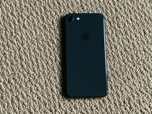 APPLE IPHONE 8 256GB UNLOCKED SMARTPHONE-BLK  Refurbished with Charger - Atlas Computers & Electronics