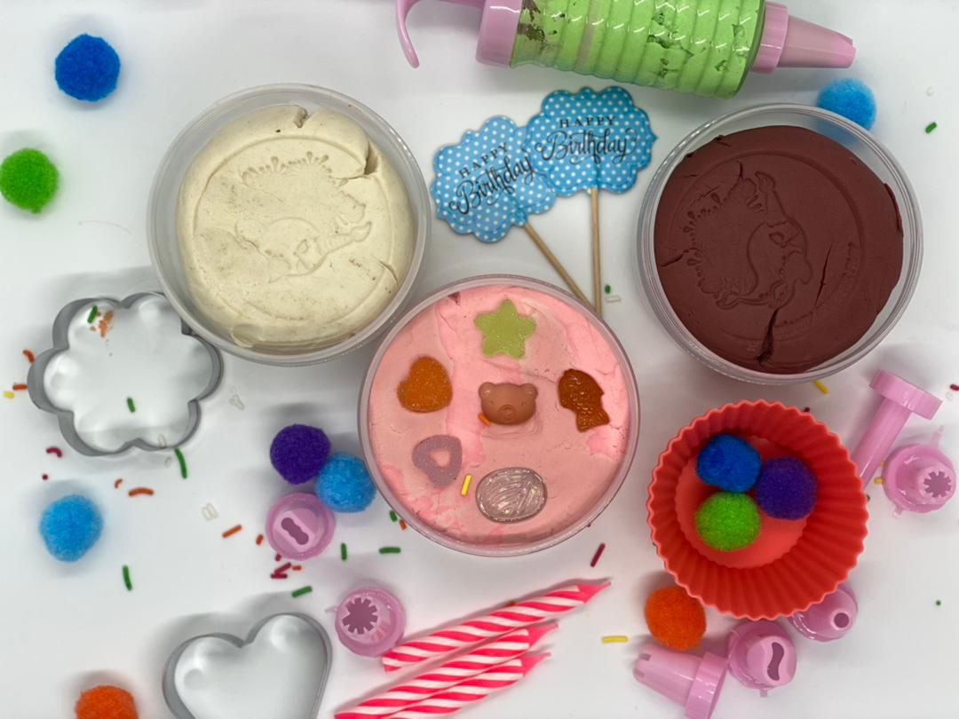 playdough baking kit