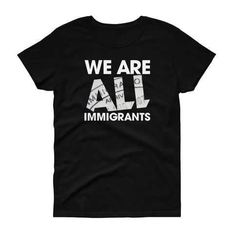 "T-shirt imprimé original femme Insane Society ""We are all immigrants"""