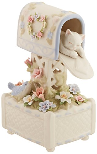 "CG SA49117 7"" Girl Holding Bouquet Gathering Flowers"