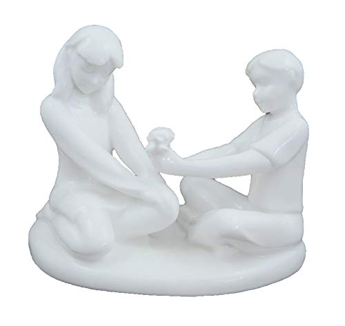 Royal Doulton Gift of Friendship Figurine HN4446