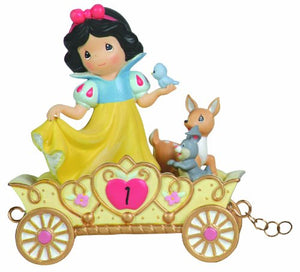 Precious Moments 104403 Disney Showcase Collection, Birthday Gifts, May Your Birthday Be The Fairest of Them All, Age 1, Resin Figurine