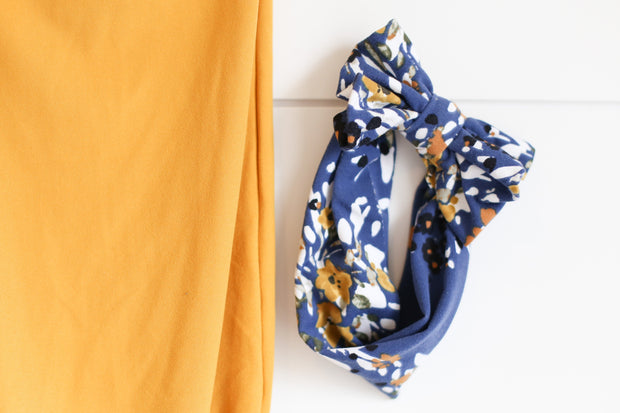 MUSTARD WITH BLUE FLORAL BOW
