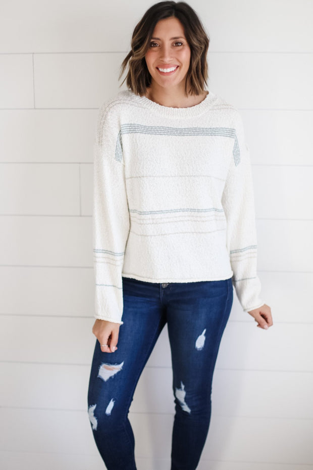 LIGHTWEIGHT TEXTURED SWEATER
