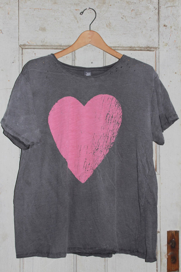 Magnolia Pearl Season of Love Tee