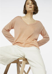 Compania Fantastica V Neck Sparkle Sweater Peach
