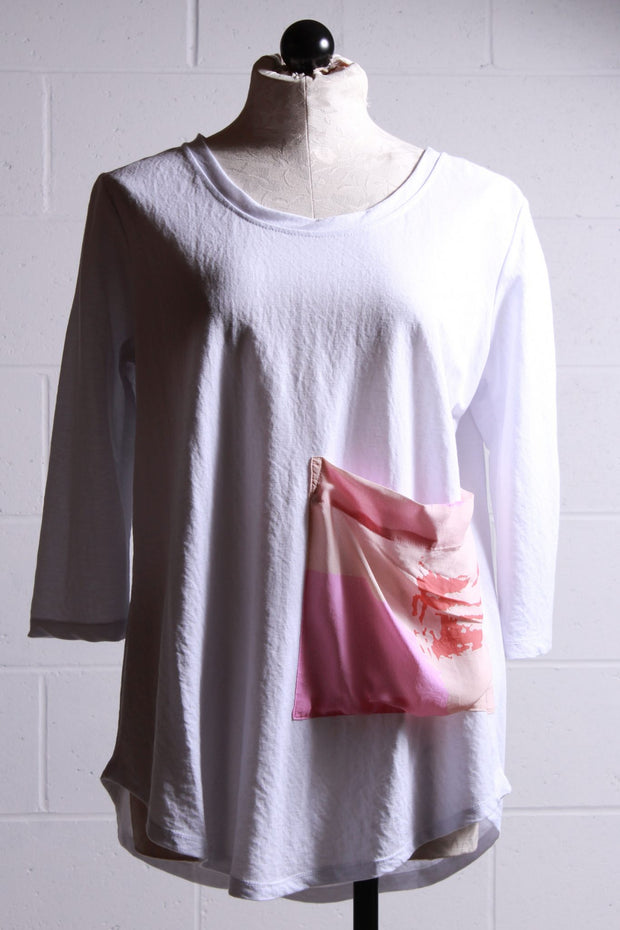 Alembika Solid Tee with Floral Pocket Pink