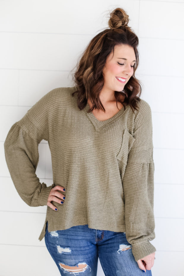 OVERSIZED POCKETED WAFFLE KNIT (OLIVE)