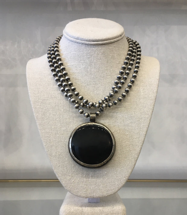 ZoWEE Black Copal Necklace