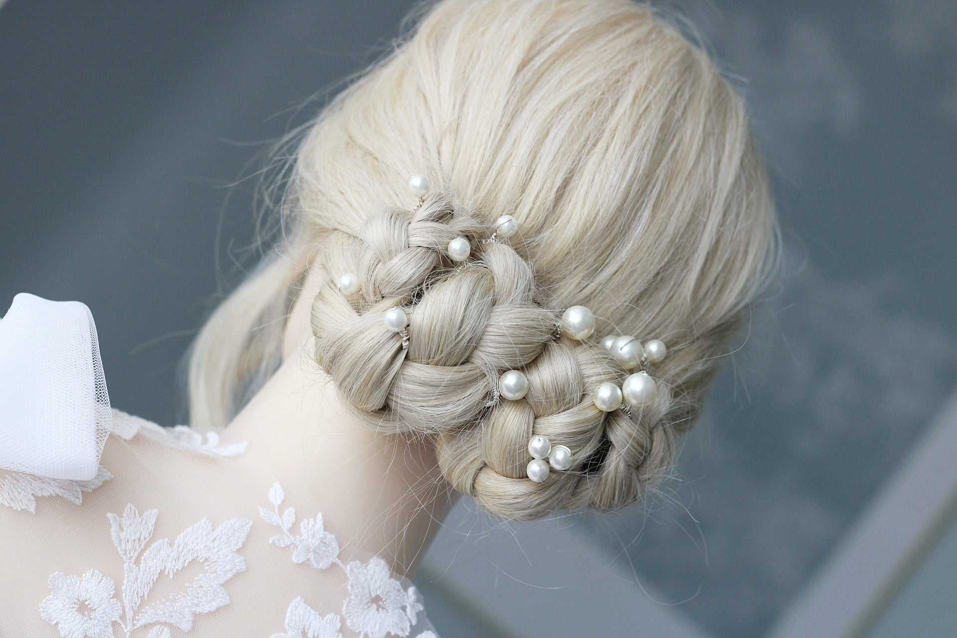 The perfect bridal hair pins for the modern day bride.
