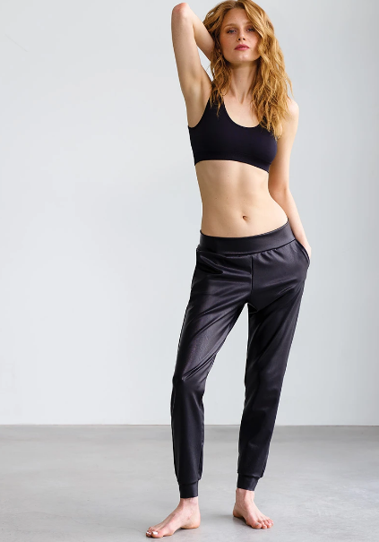 Load image into Gallery viewer, Commando Faux Leather Jogger Black