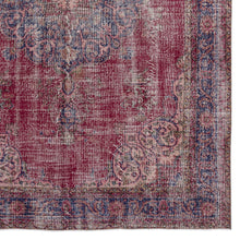 Load image into Gallery viewer, Vintage Turkish Rug, GA15205