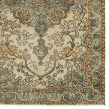 Load image into Gallery viewer, Vintage Turkish Rug, GA17609
