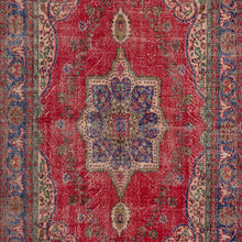 Load image into Gallery viewer, Vintage Turkish Rug, GA20023