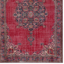 Load image into Gallery viewer, Vintage Turkish Rug, GA33480