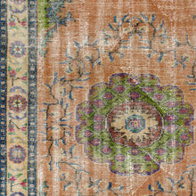 Load image into Gallery viewer, Vintage Turkish Rug, GA34763