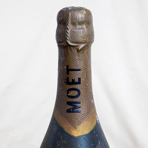 Moet and Chandon Champagne Advert Bottle, G048