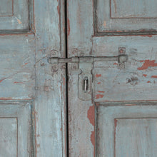 Load image into Gallery viewer, Wooden Door, Pair, G408a