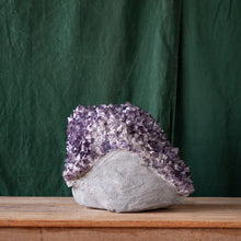 Load image into Gallery viewer, Amethyst Druze as Found, G238