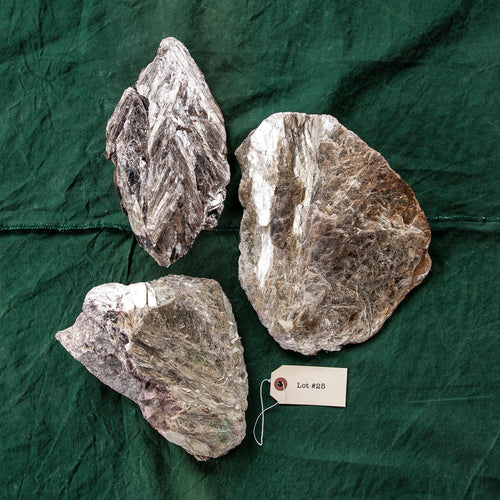 Mica Formation, 3 pcs, G250