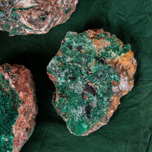 Load image into Gallery viewer, Malachite Specimen, 5 pcs, G260