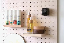Load image into Gallery viewer, Pegboard - Etagere Murale Modulaire en Bois - Bouleau - Taille 96 cm - Pegboard - Quark - BO96BO - 3