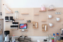 Load image into Gallery viewer, Pegboard - Etagere Murale Modulaire en Bois - Bouleau - Taille 96 cm - Pegboard - Quark - BO96BO - 4