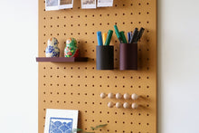 Load image into Gallery viewer, Pegboard - Etagere Murale Modulaire en Bois - Couleur Moutarde - Taille 96 cm - Pegboard - Quark - BO96JA-1 - 3