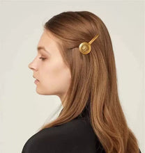 Load image into Gallery viewer, MEDUSA Hair Clip Collection - Pompous Peacock
