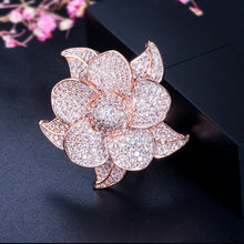 Load image into Gallery viewer, FLORAGRAND Luxe Micro Pave Rose Gold Plated Cz Ring - Pompous Peacock
