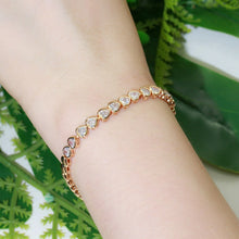 Load image into Gallery viewer, EVELYN HEART SHAPED Rose Gold Bracelet