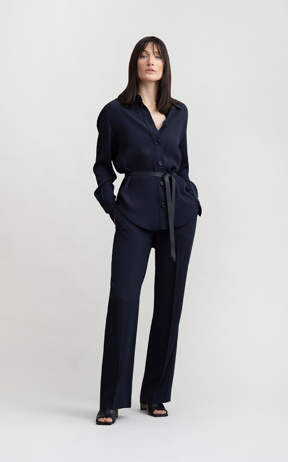 Bomary navy trousers